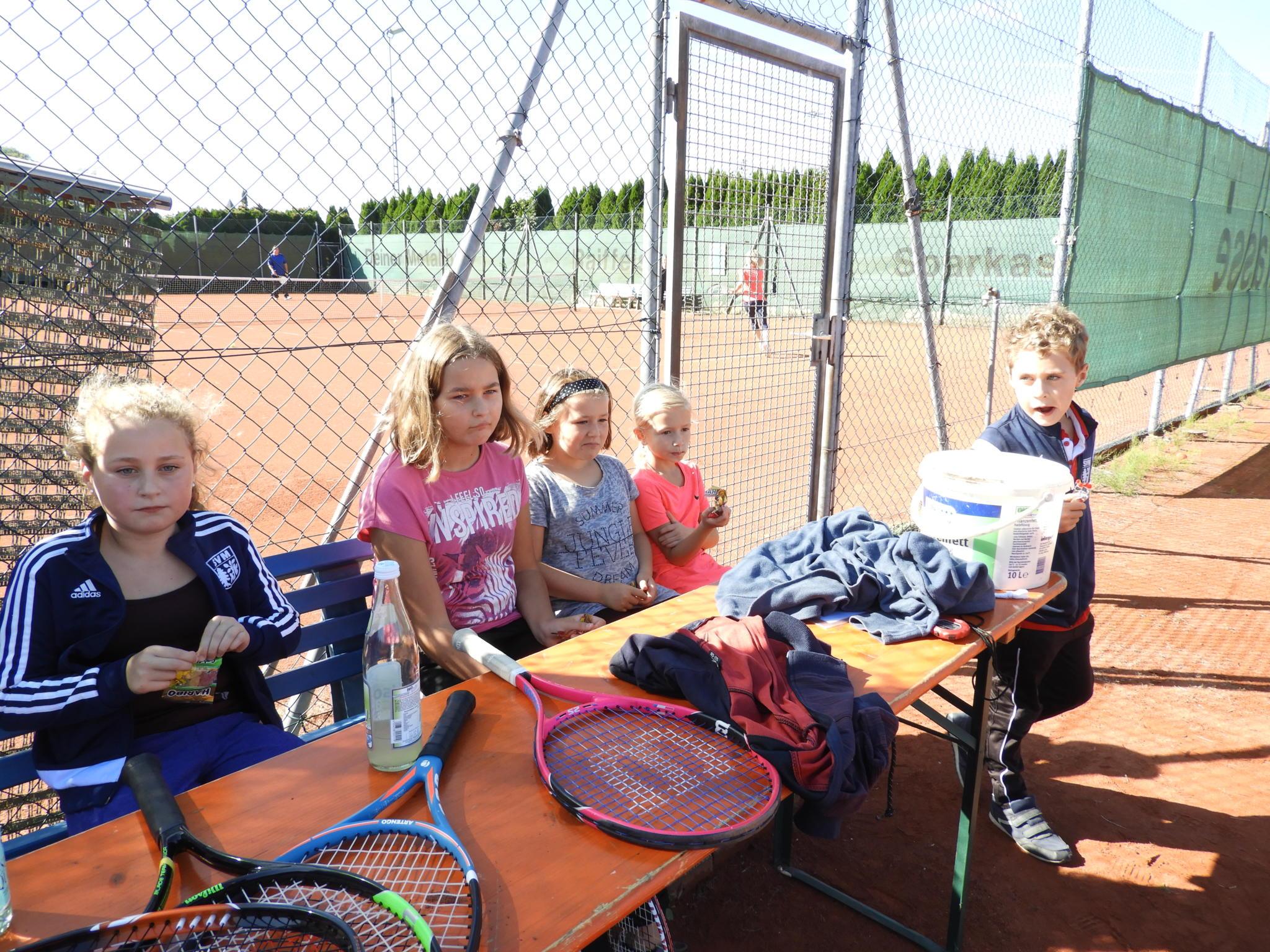 Tennisclub Muhlhausen Begrusste 100 Mitglied Mein Muhlhausen